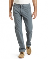 Classic 505 design in cool trouser styling. No matter what time of day it is, these straight-legged Levi's pants always look good. (Clearance)