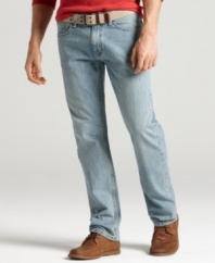 With a lighter wash, there's no need to wait years to achieve the casual, lived-in look of these Tommy Hilfiger jeans.