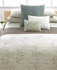 A delicate branch design on an exquisite watercolor ground lends an air of natural beauty to this Briar duvet cover from Calvin Klein.