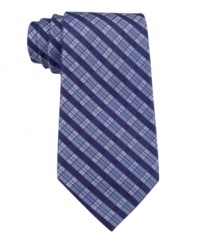 Check, please. This Calvin Klein tie finished off your look the right way.
