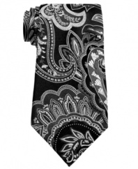 Pick up a cool pattern in your wardrobe. This Geoffrey Beene paisley tie shake it up.