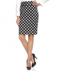 A bold polka dot print adds an irreverent appeal to this Alfani pencil skirt -- perfect for a stylish workwear look!