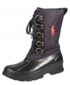 Inclement weather never gets in the way of a good time with these graphic waterproof men's boots from Polo Ralph Lauren. The distinctive Polo Ralph Lauren moniker also makes these boots for men really pop, even in the grayest of weather.