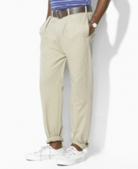 Classic-fitting pant in cotton chino twill.