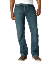 Looking for a reliable, go-to pair of jeans? Turn to these comfortable Levi's and complete the perfect laid-back look.