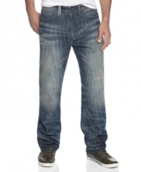 Make your mark. With laid-back distressed styling, these Marcus jeans from Sean John are an instant winner.
