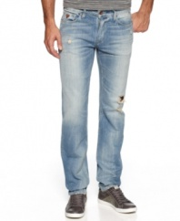 Don't distress. These jeans from Guess will keep you comfortable and get you through the day in style.