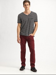 Add a simple dash of color to your wardrobe with these slim-fitting, straight-leg jeans in a remarkably comfortable cotton blend.Five-pocket styleInseam, about 3498% cotton/2% elastaneMachine washImported