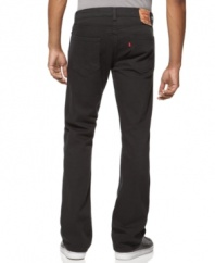 Keep your weekend wardrobe on the cutting edge and jump right into these slim, straight leg jeans from Levi's.