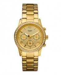 With elegant style and sparkling accents, this gorgeous GUESS watch is good as gold.